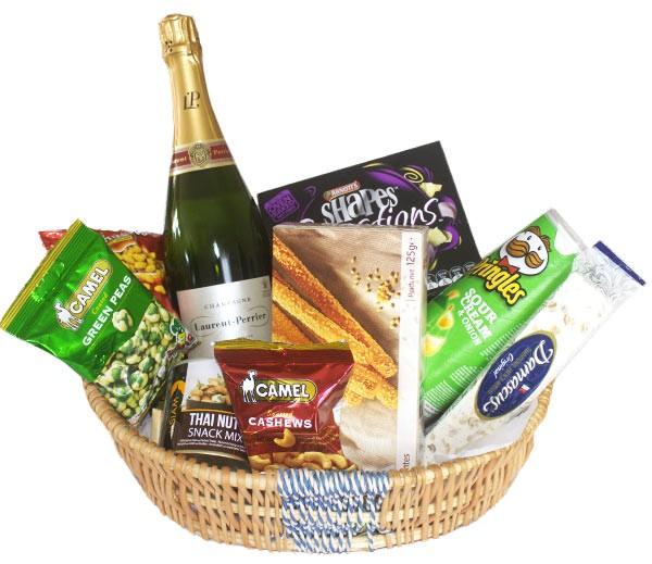 Champagne celebrations basket